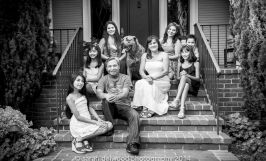 family with kids natural light outdoor portraits black white Sarah Delwood Photography